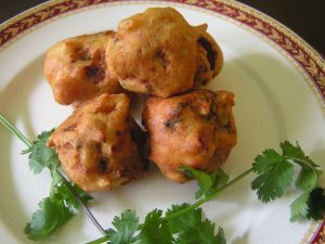 Aloo Bonda, spicy potato balls