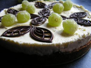Mascarpone and lime torte