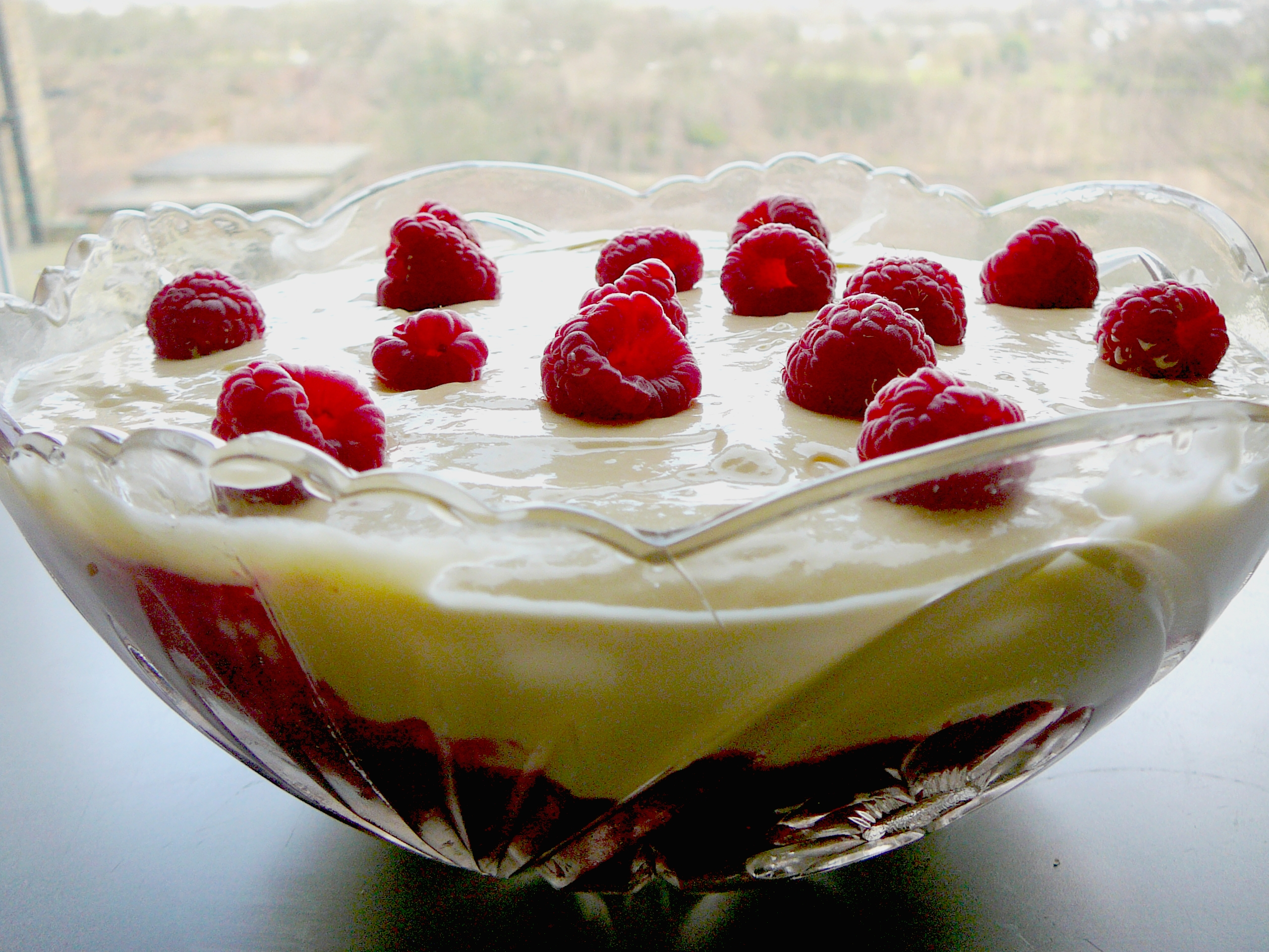 Raspberry dream trifle