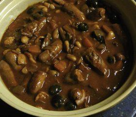 Sausage, bean and mushroom casserole