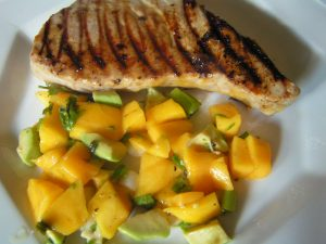 Tuna steaks with mango salsa