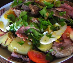 Beef and artichoke salad