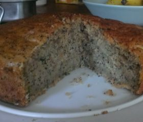 Courgette and poppy seed cake