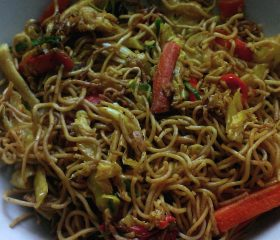 Vegetarian Singapore noodles