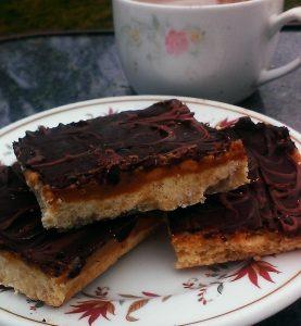 Savory caramel shortbread